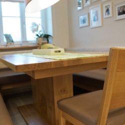 Sitzecke Holztisch winkler 2